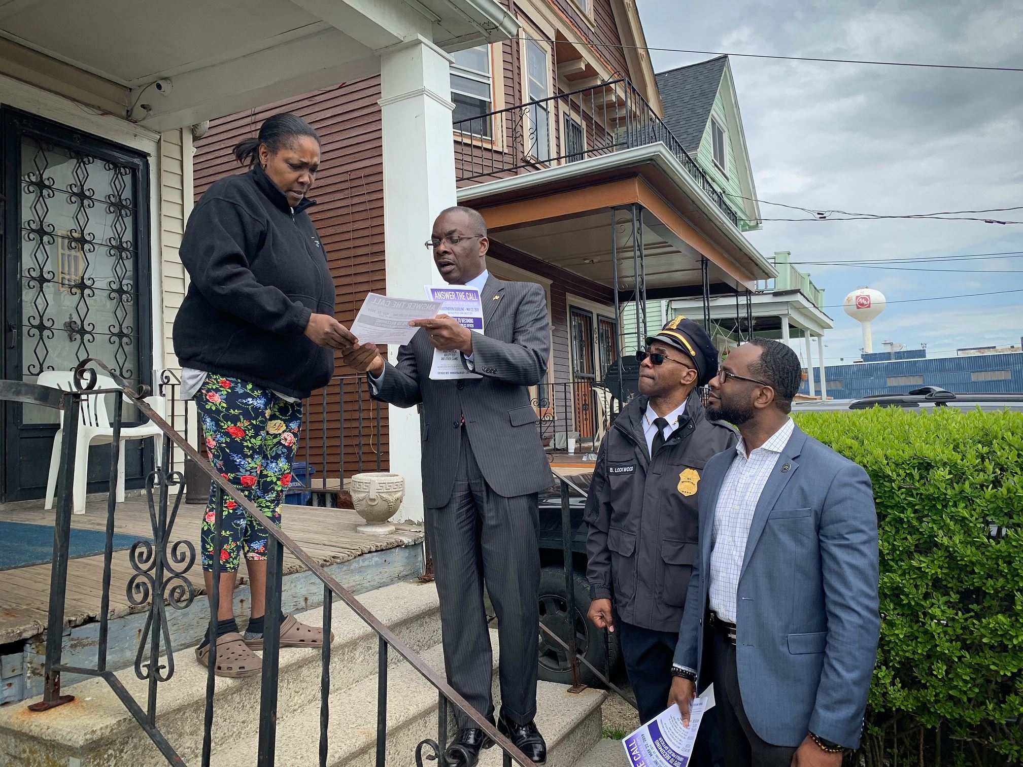 Clean Sweep 2019 Mayor on Porch